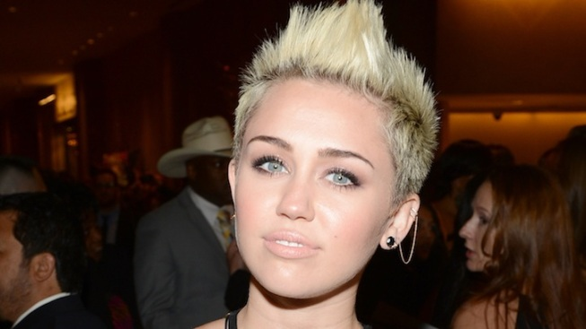 Miley Cyrus Reveals She's No. 1 on Maxim's Hot 100