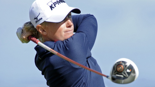 Lewis Wins Women's British Open at St. Andrews