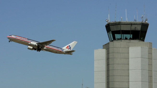 American Airlines Tries to Block Union Election