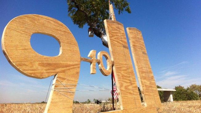 9/11 Tribute Alongside Homeless Christmas Tree
