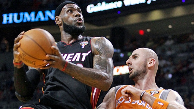 Heat Rally Past Suns in 4th Quarter