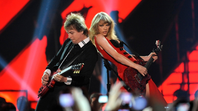 "Taylor Swift Debuts New Music Video for ""Red"""