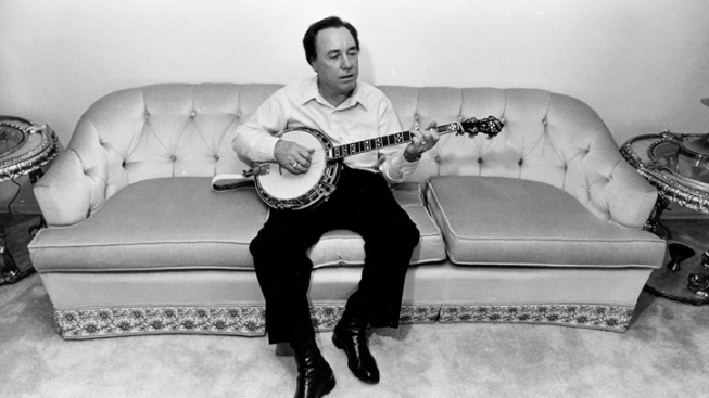 Pioneering Bluegrass Legend Earl Scruggs Dies at 88