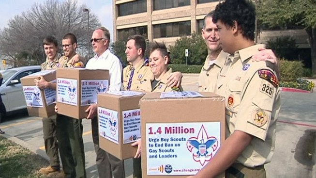 Scout Families Deliver Petition to End No-Gay Policy