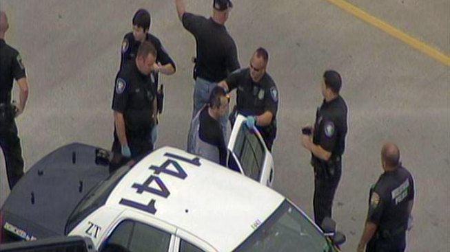Fort Worth Chase Ends on U.S. 67 Overpass