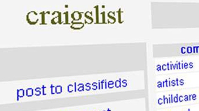 Hoping for Craigslist Tryst, Man Robbed of Money, Sandwich