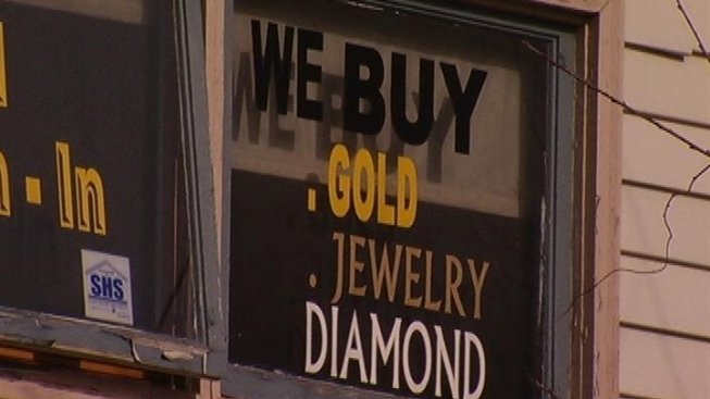 Dental Employees Accused of Selling Stolen Gold on Bloody Tooth