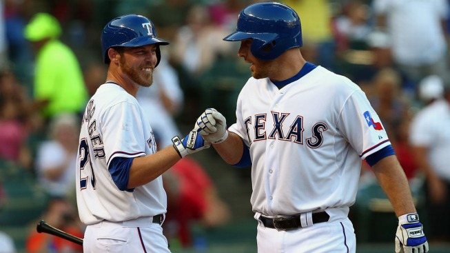 Rangers Win to Complete Sweep of AL West-Leading Astros