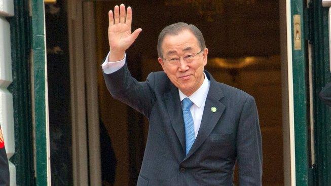 Ex-UN Chief Back in S. Korea, Hints at Presidential Bid