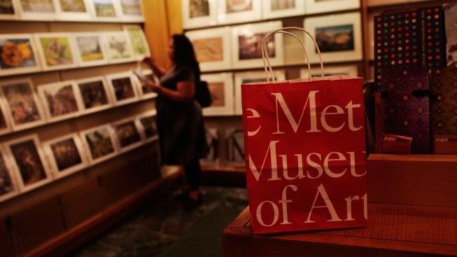 Met Museum Says It's Returning Stolen Coffin to Egypt