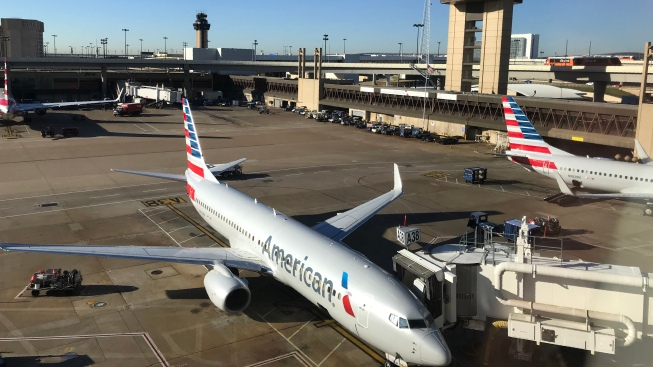 American Airlines Shuffles Execs in Bid to Fix Flight Issues