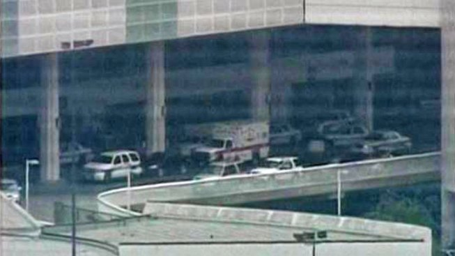 Shots Fired at Houston Airport; 1 Injured