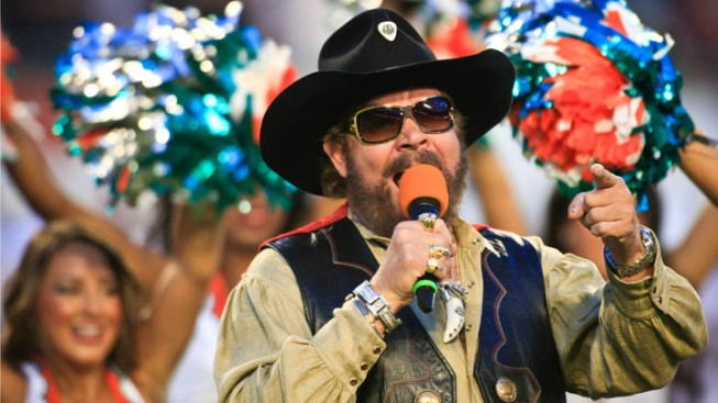 Hank Williams Jr. and All His Rowdy Friends Invade the Fort Worth Stockyards