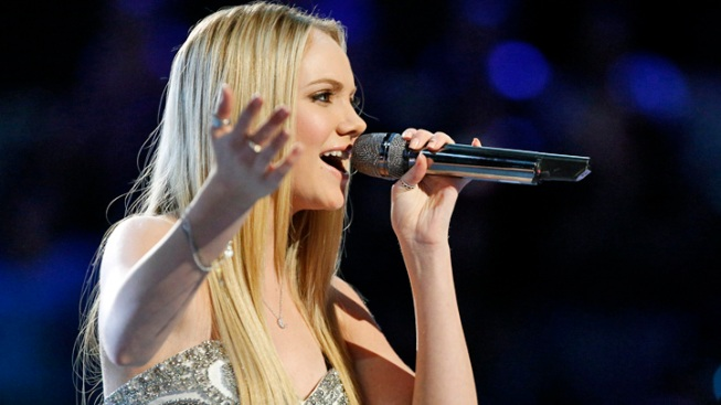 """""""The Voice"""" Winner Danielle Bradbery Signed to Taylor Swift's Record Label"""