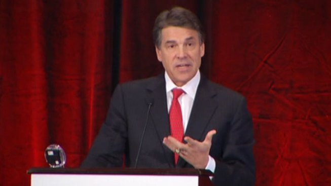 Texas Gov. Rick Perry Heads to Iowa