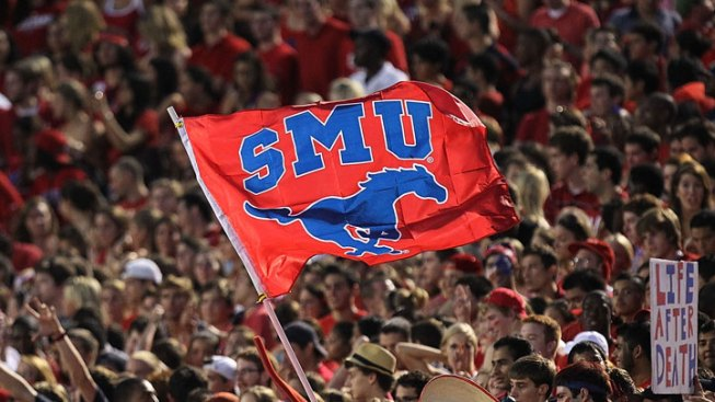 SMU Cruises Past Northwestern State 40-7
