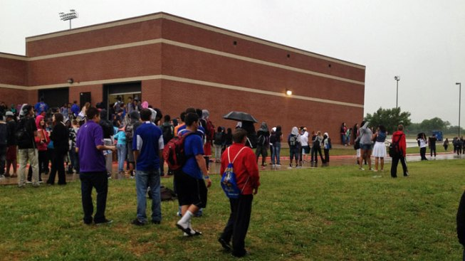 Mansfield Summit High School Evacuated Due to Bomb Threat