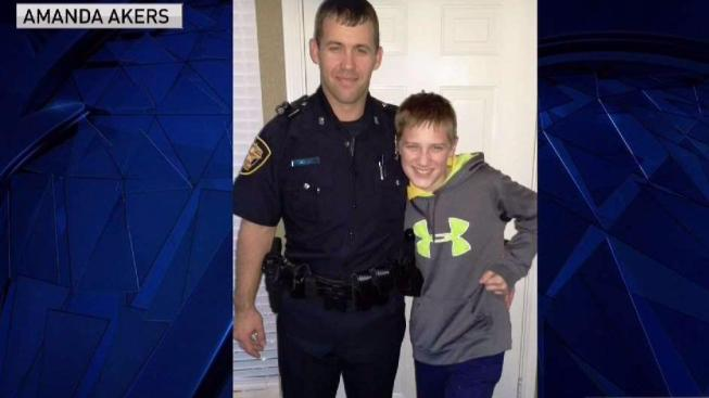 boy 11 shows pride as father becomes fort worth officer nbc 5 dallas fort worth. Black Bedroom Furniture Sets. Home Design Ideas