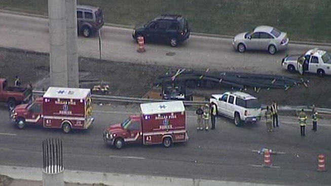 Fatal Crash Closes NB I-35E at NW Highway