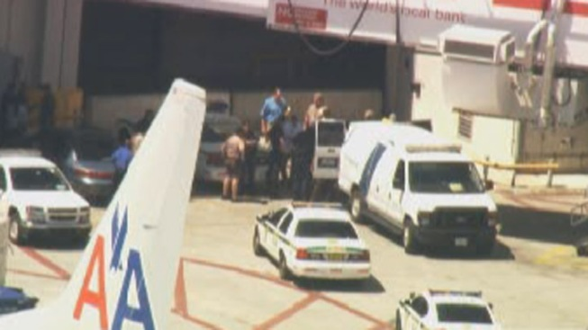Unruly American Airlines Passenger Arrested in Miami