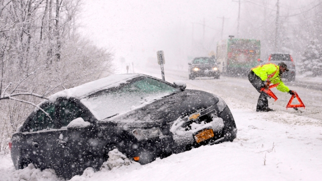 Hundreds of Cars Stuck on Long Island Expressway