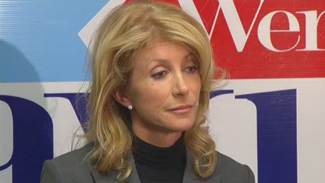 Wendy Davis Marks 1 Year Since Abortion Filibuster