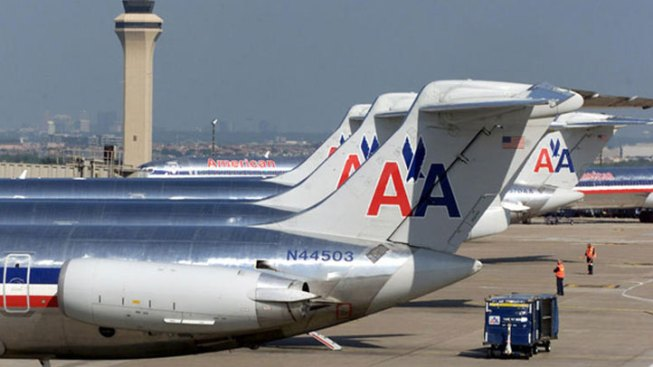 AA Asks Court to Cancel Current Labor Contracts