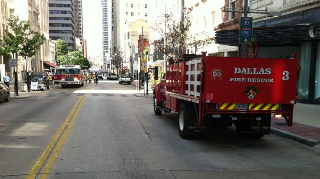 Gas Line Ruptures in Downtown Dallas