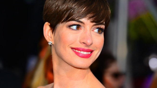 "Hathaway Eyes More Musicals After ""Les Miserables"""