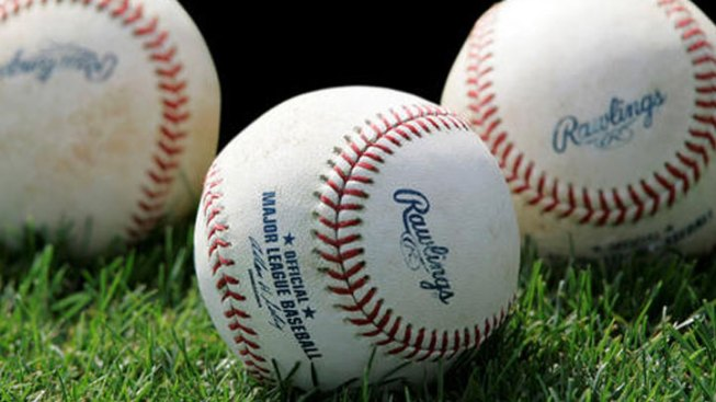 HS Baseball Team Routs Opponent