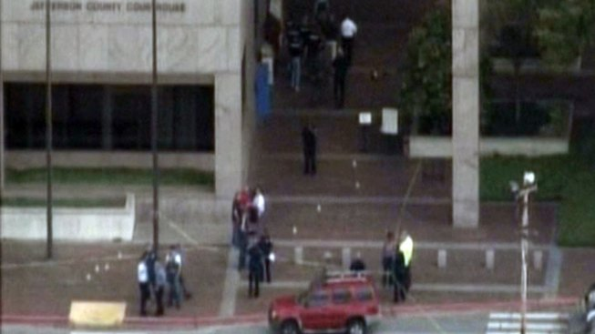1 Dead, 3 Injured in Shooting at Beaumont Courthouse