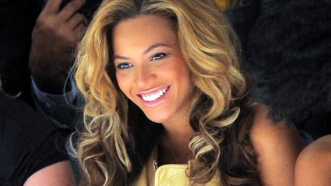 Beyonce Opens Up with New Tumblr of Personal Photos