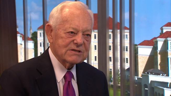 Schieffer Says Moderators Getting Too Much Focus