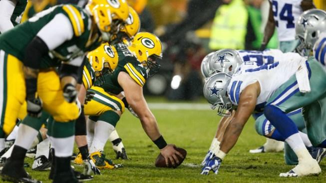Packers Run Cowboys Out of Lambeau, 28-7