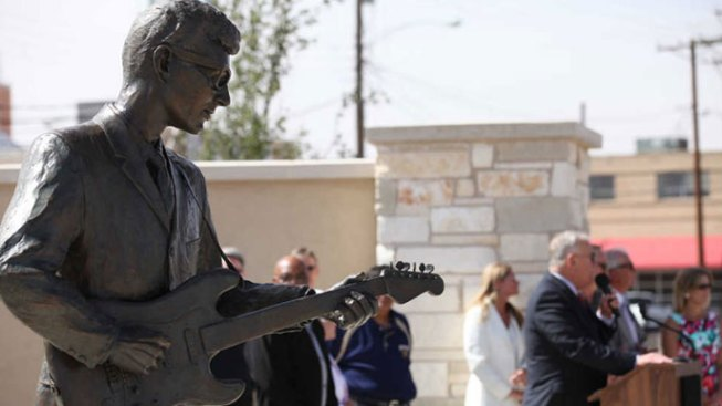 Lubbock Plaza Dedicated to Buddy Holly, Wife