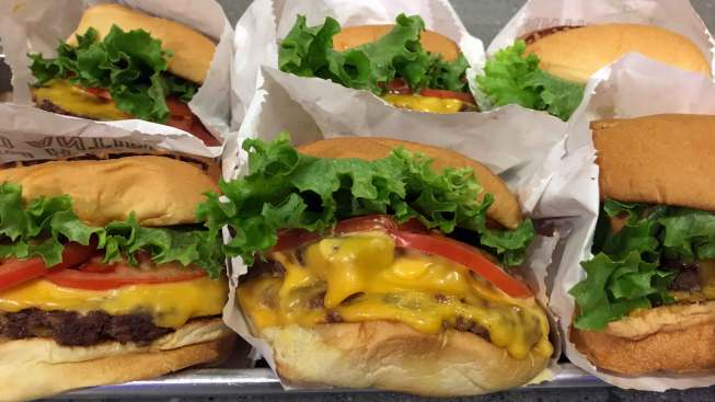 This Will Help You Prepare for National Cheeseburger Day