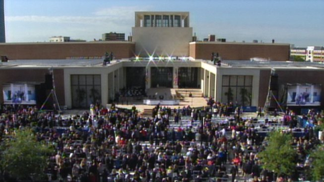 Big Crowds Expected at SMU for Bush Library Grand Opening