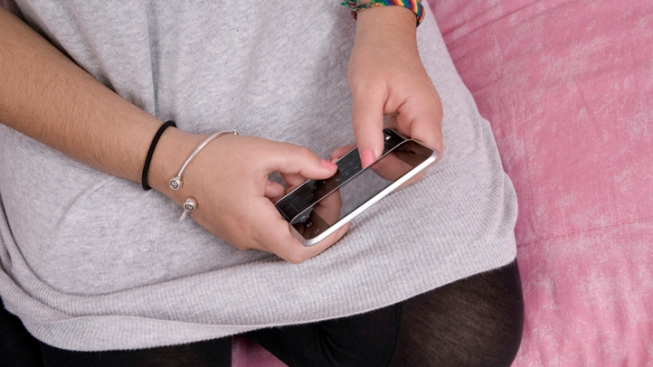"Study: One in Four Teens ""Sexts"""
