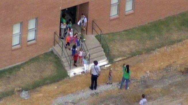 Gas Line Ruptured in Little Elm; School Evacuated