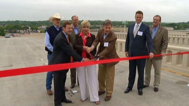 New Clearfork Bridge To Ease Traffic Spark Development Nbc 5