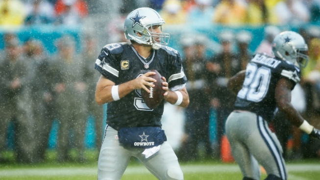 Cowboys Top Dolphins in Romo's Return, 24-14