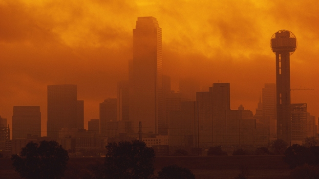 Perry Wants Obama to Halt Air Pollution Rules
