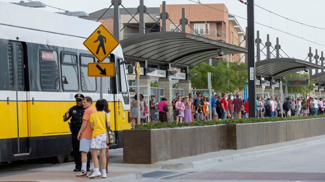"DART, The T, DCTA Urge Drives to ""Dump the Pump"""