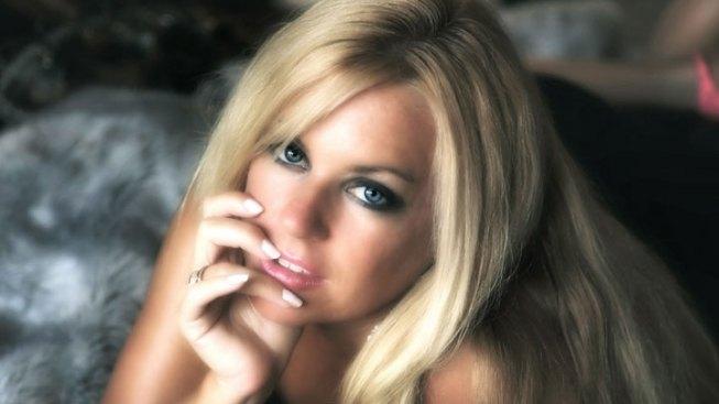 Dallas Playboy Hopeful Needs Your Votes