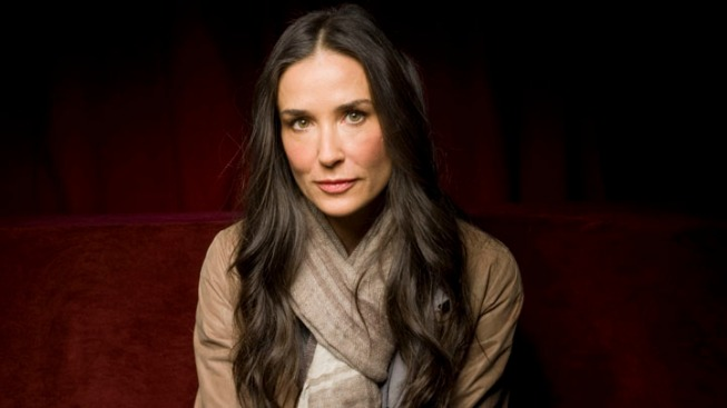 Demi Moore Trades @mrskutcher for @justdemi on Twitter