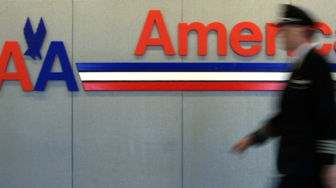 AA Pilots Blast Texas AG for Anti-Merger Lawsuit