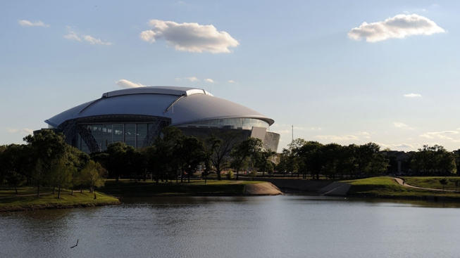 Report: Cowboys Stadium Snags First College Football Playoff