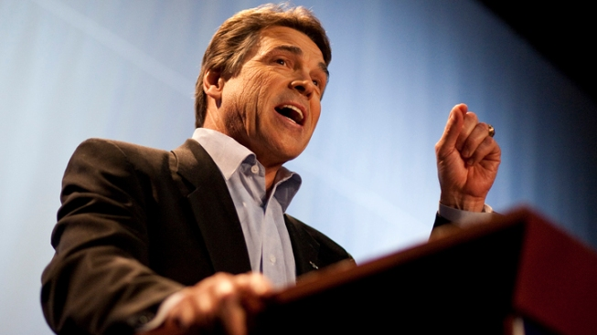Calif. Trip Spurs More Perry 2012 Speculation