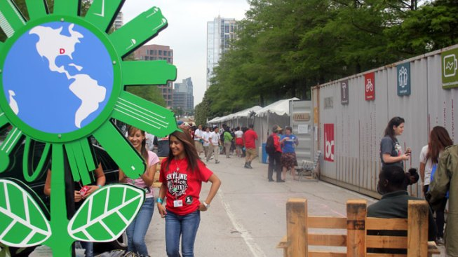 Dallas Festival Makes Earth Day Epic