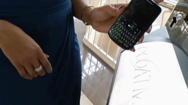 Self-Service Kiosks Offer Cash for Old Cellphones - NBC 5